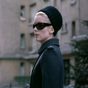 Catherine-Deneuve_Belle-de-Jour_grey-coat-street-sunglasses.bmp1