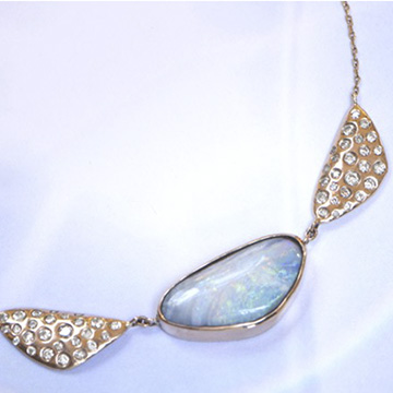 collier-opale-bleu