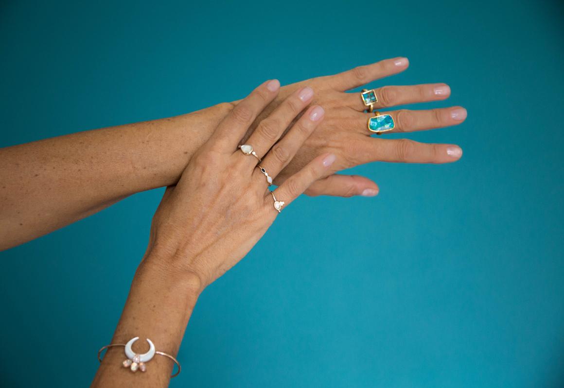 opale-mains